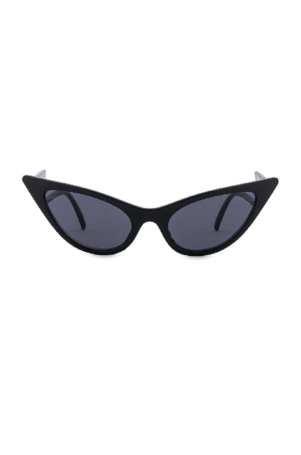 3b0e5de548 Le Specs + Adam Selman The Prowler Cat-Eye Acetate Sunglasses In Black    Smoke