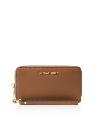 Michael Michael Kors Flat Multi-function Large Leather Smartphone Wristlet In Luggage/ Gold