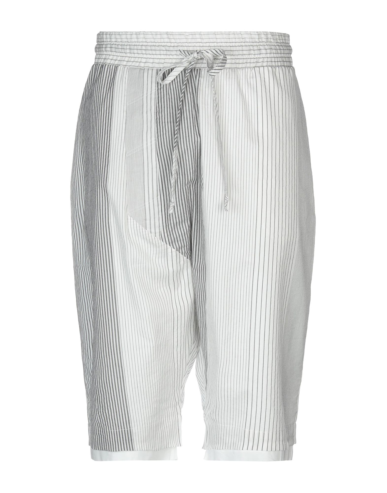 Lost & Found 3/4-length Short In White