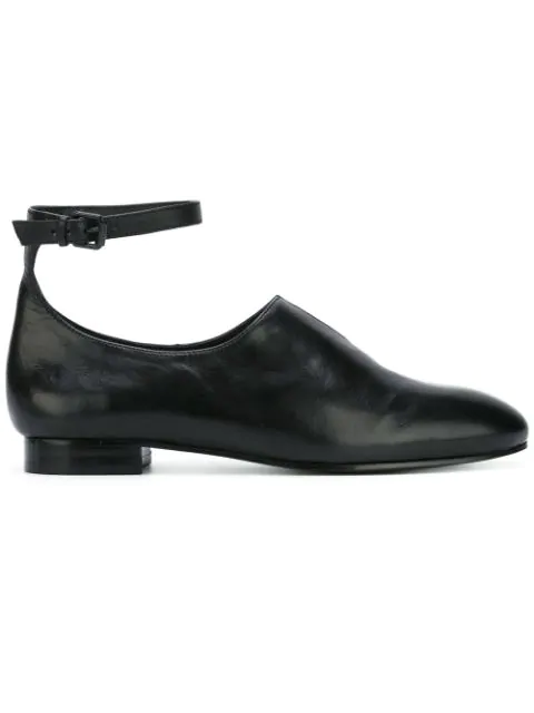 Opening Ceremony 'norrah' Ankle Strap Notched Vamp Leather Flats In Black