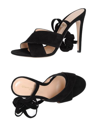 Gianvito Rossi Sandals In Black