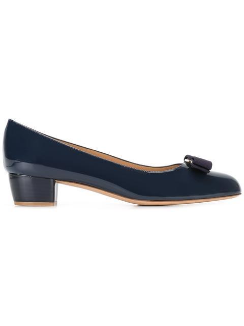 Salvatore Ferragamo Vara Low Heel Pumps In Oxford Blue