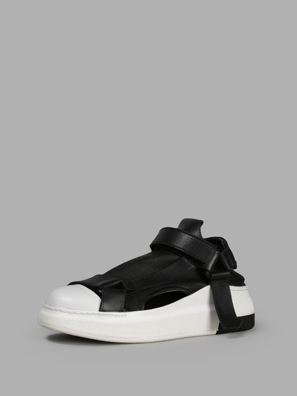 Cinzia Araia Black Sneakers
