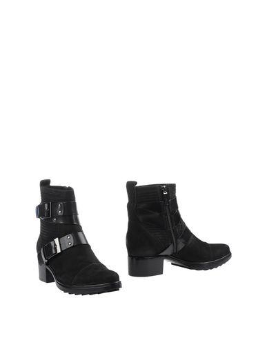 Rachel Zoe Ankle Boot In Black