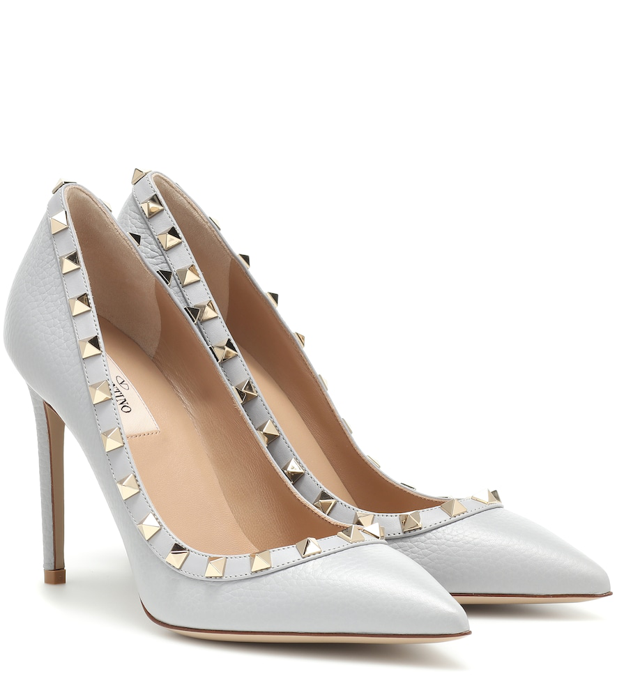 Valentino Rockstud Leather Pumps In Grey