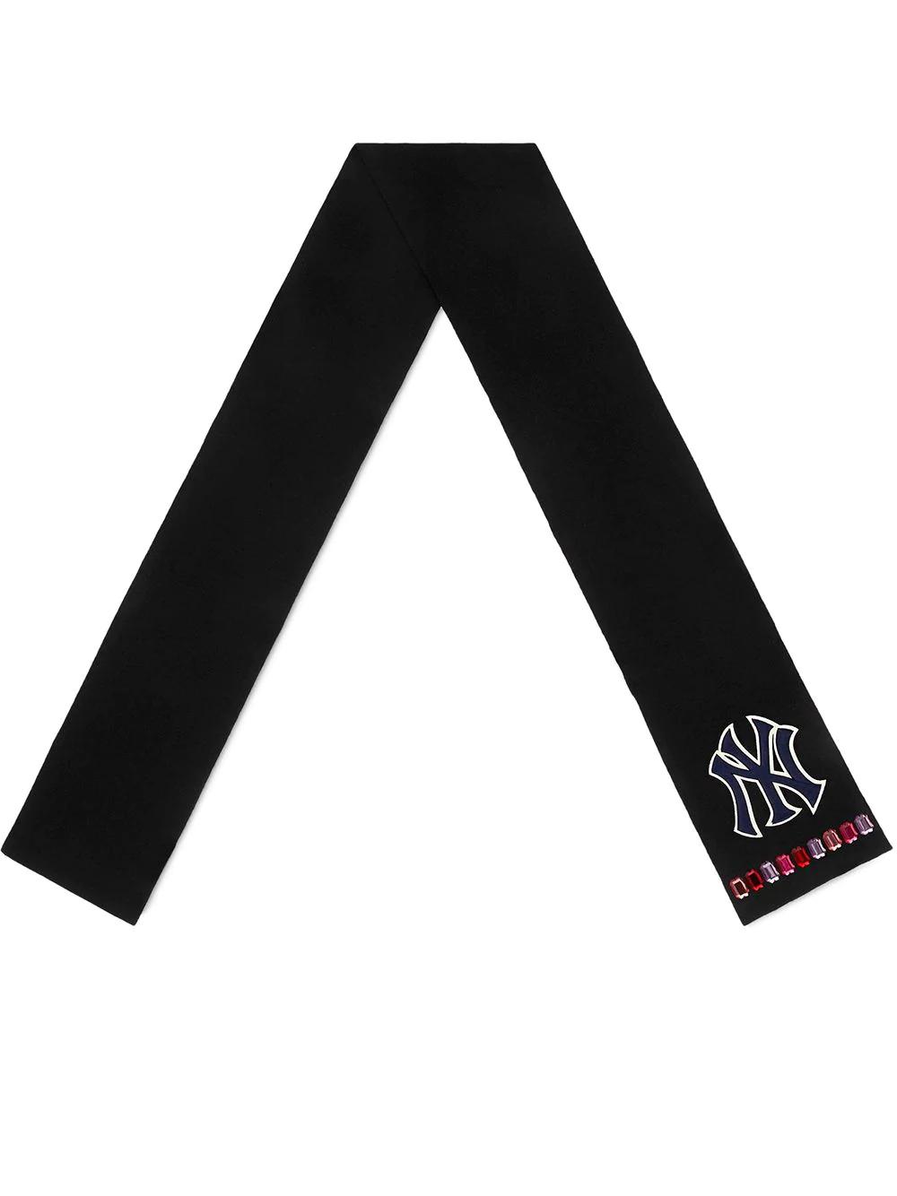 08ed3082 Gucci Schal Mit Ny Yankees™-Patch - Schwarz In Black   ModeSens