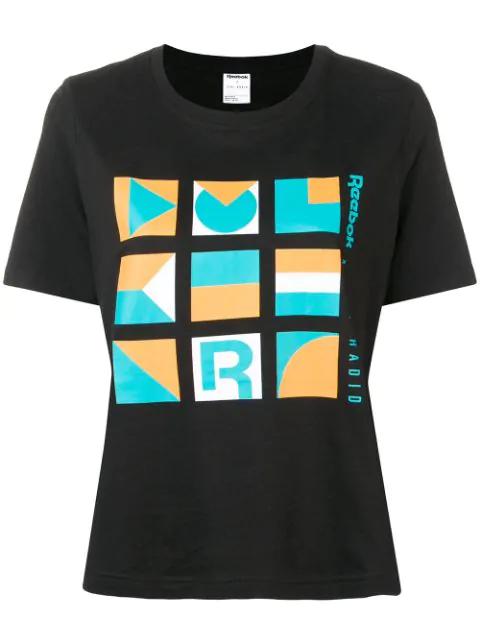 Reebok Contrast Logo T In Black