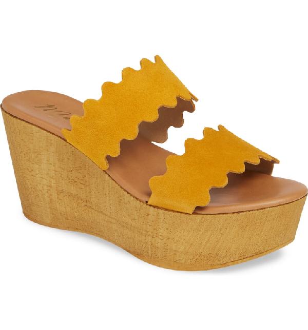 Matisse Charlie Slide Sandal In Yellow