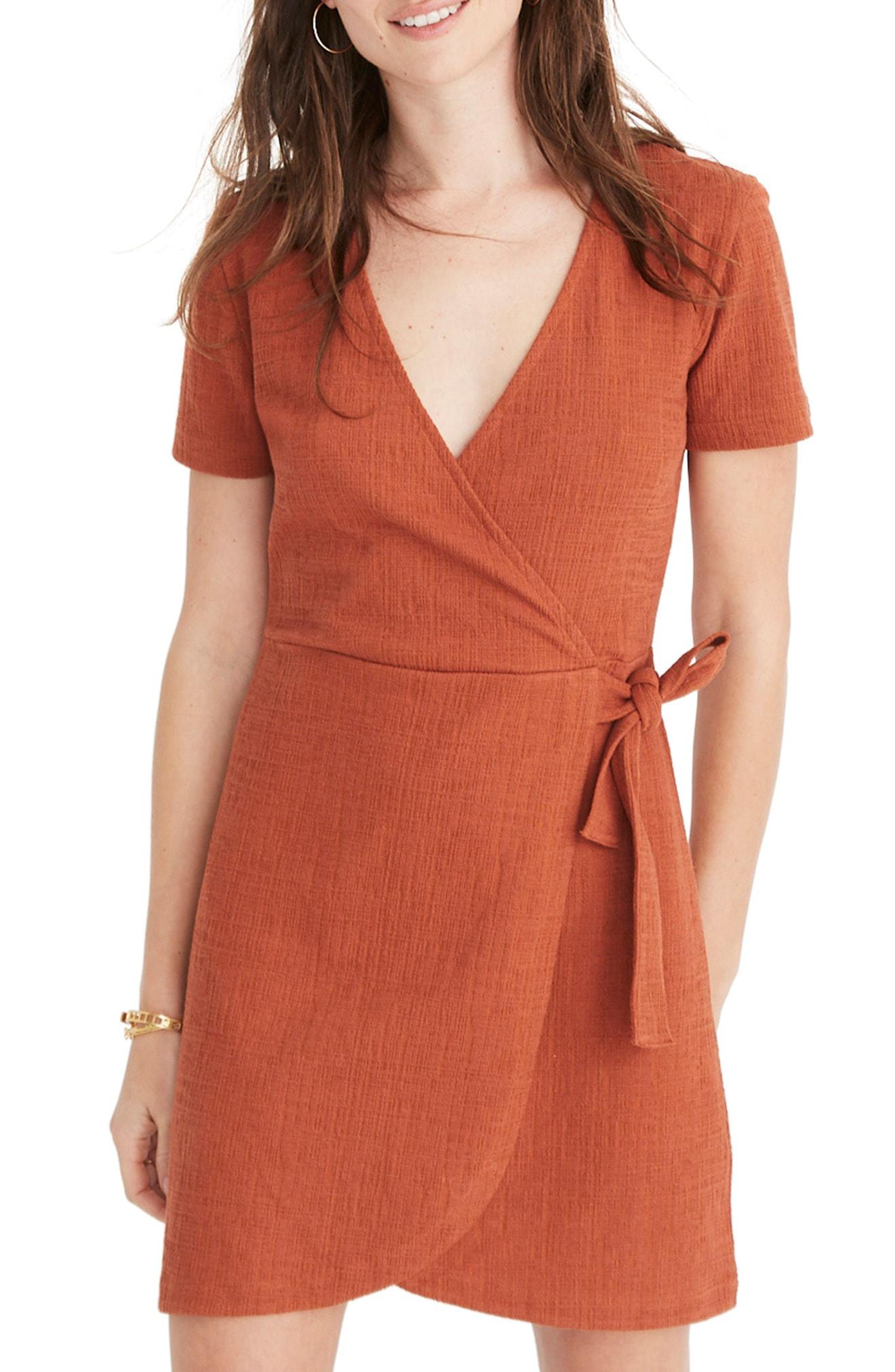 a3cdfff812 Madewell Texture   Thread Short Sleeve Side Tie Dress In Burnt Clay ...