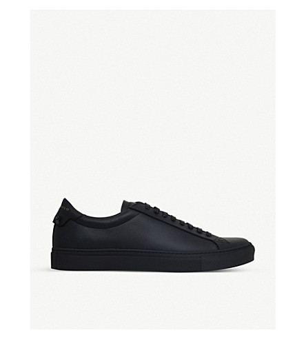 Givenchy Leather Urban Street Low Top Sneakers In 001 Black