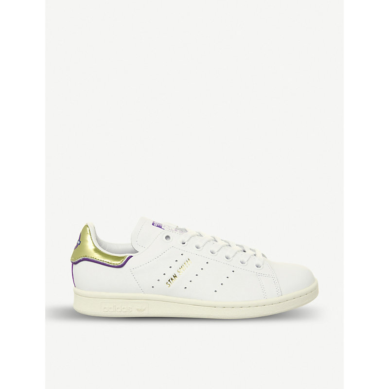online store dae76 29884 Stan Smith Elizabeth Line Leather Trainers in Off White Tfl