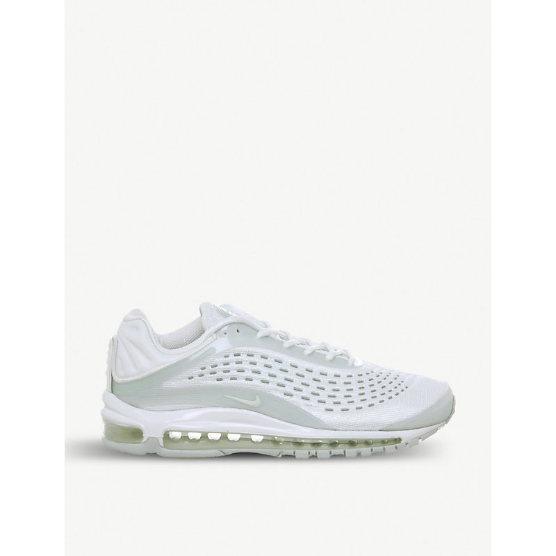 Air Max Deluxe Neoprene Trainers in White Sail Platinum