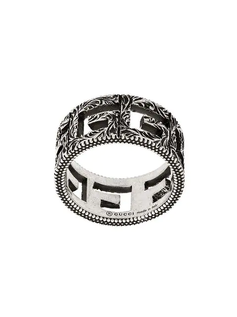 Gucci Engraved Burnished Sterling Silver Ring In 811