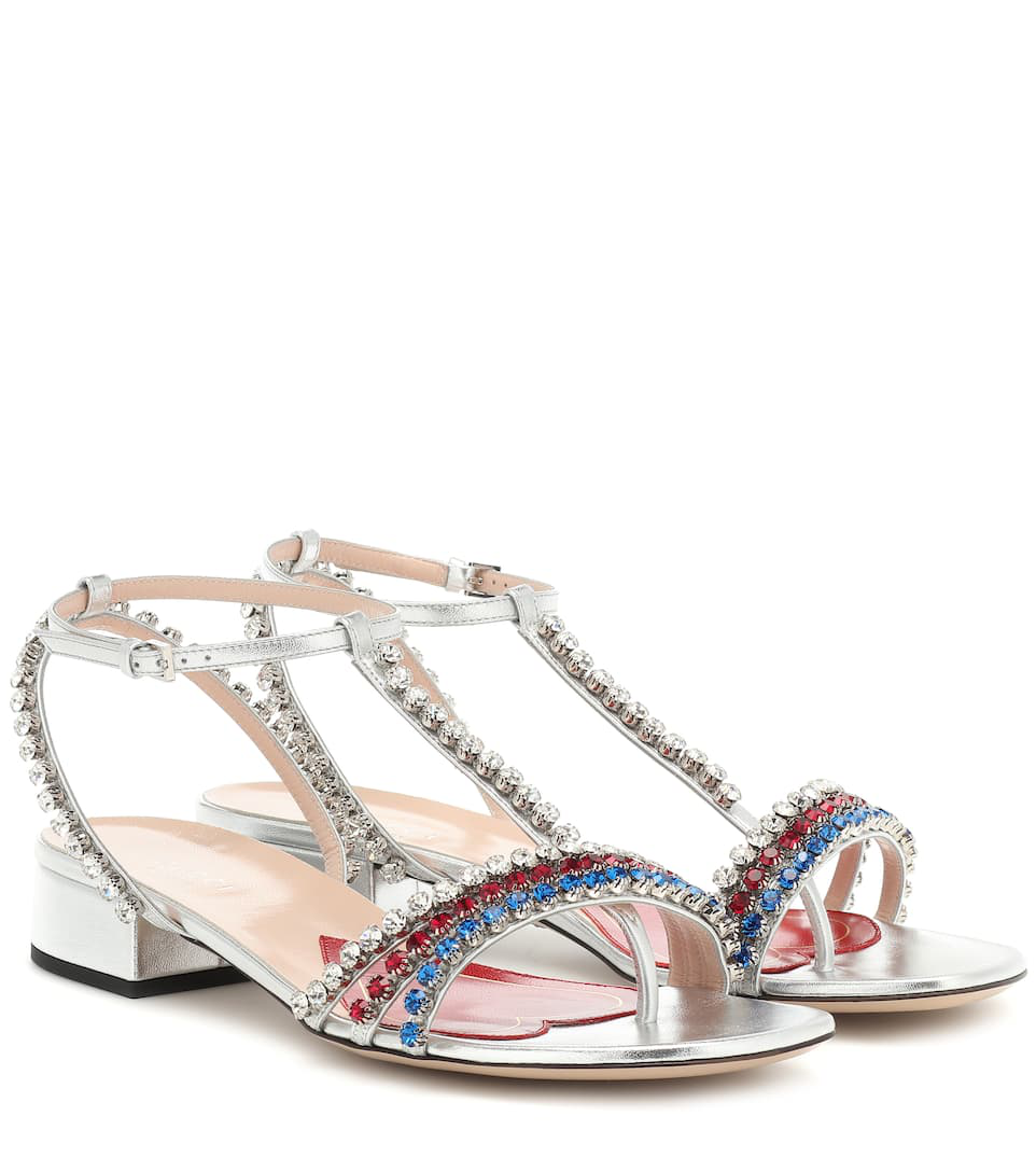 Gucci Crystal Embellished Sandals In Metallic