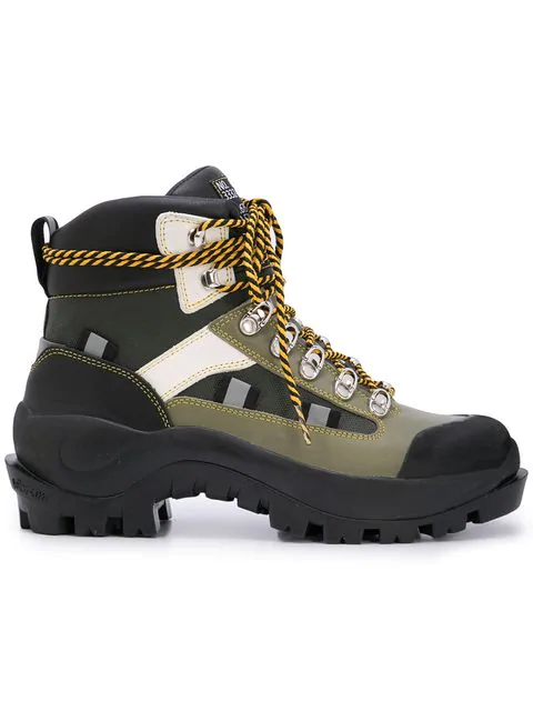 bacc98c9b49 40Mm Bruna Leather Hiking Boots in Black