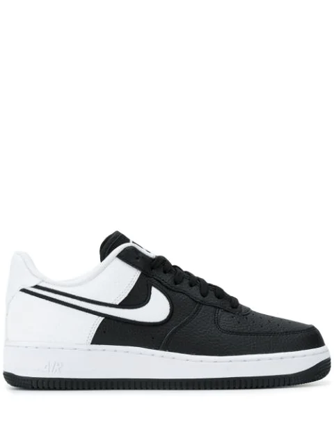 Nike Air Force 1 '07 Lv8 Sneakers In Black