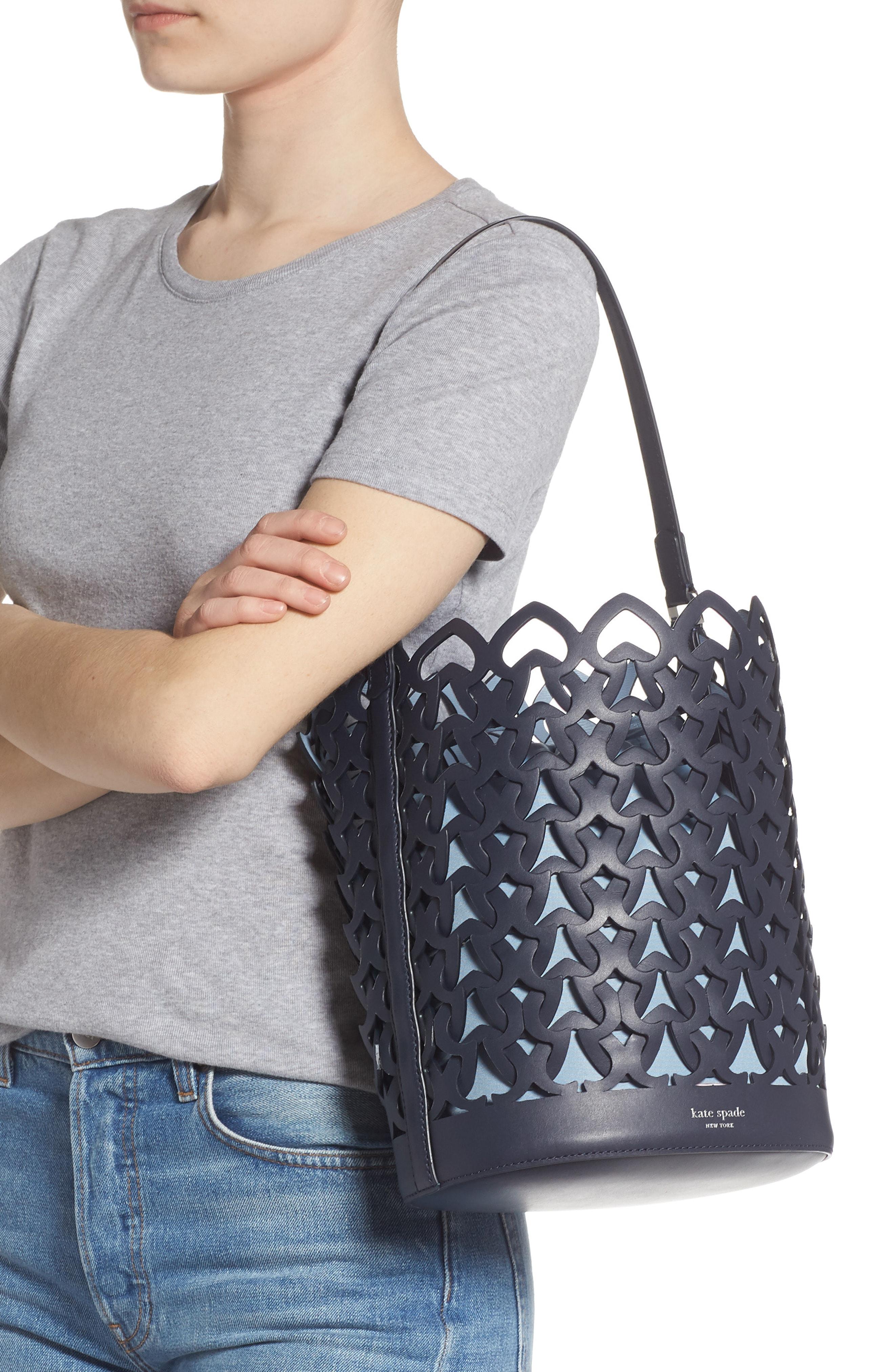 72312803608 Medium Dorie Leather Bucket Bag - Blue in Blazer Blue