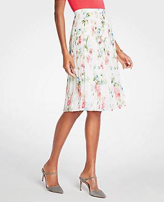 4685cbe168 Ann Taylor Floral Pleated Skirt In Winter White | ModeSens