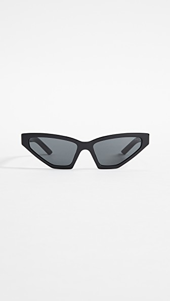 Prada Pr 12Vs Millennial Narrow Cat Eye Sunglasses In Schwarz