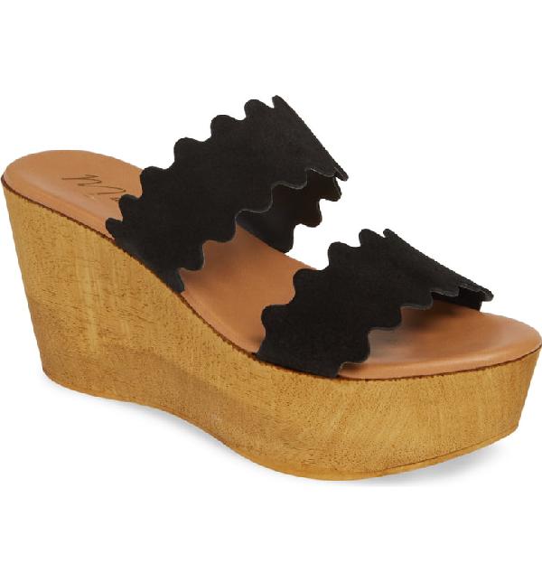 Matisse Charlie Slide Sandal In Black