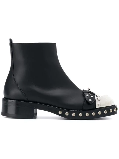 Alexander Mcqueen Hobnail Leather Ankle Boots In Black