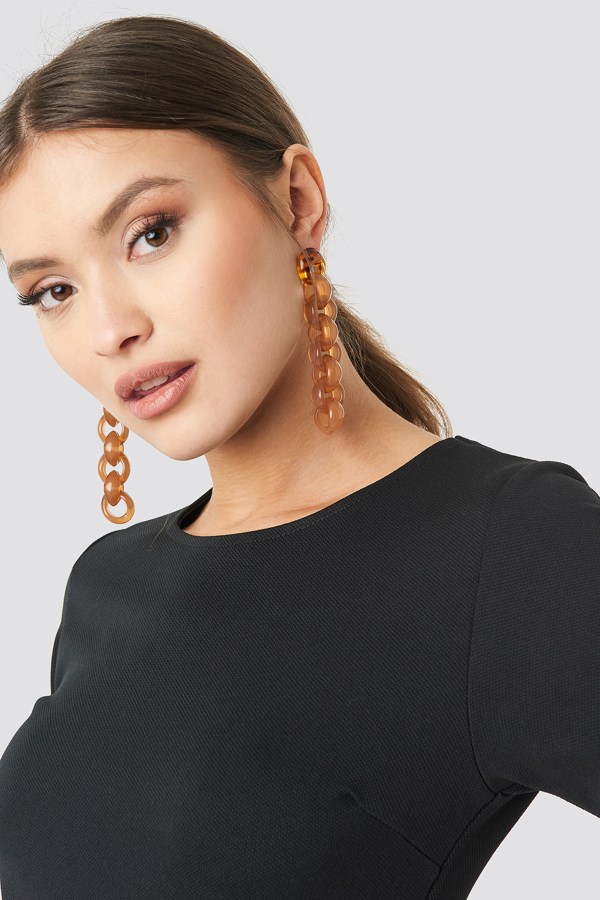 Na-kd Connected Resin Chain Earrings Brown In Tortoise