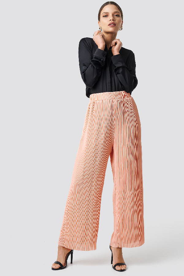 Glamorous High Waist Wide Trousers - Pink In Peach Plisse