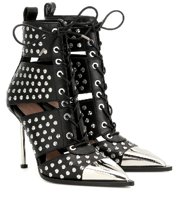 Alexander Mcqueen Studded Leather Ankle Boots In Black