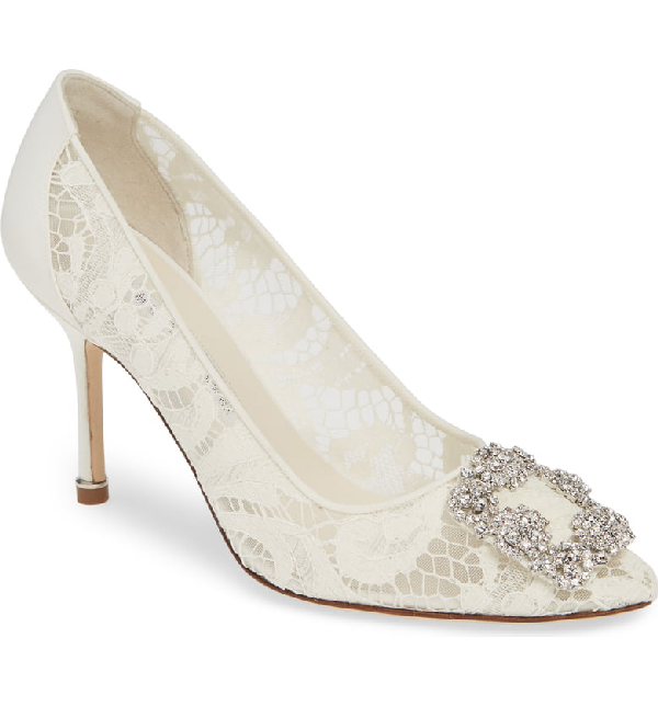 Manolo Blahnik Hangisi Brooch Lace Pump In White Lace