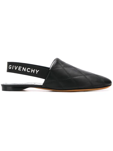 Givenchy Women's Be2003E0A6001 Black Leather Loafers