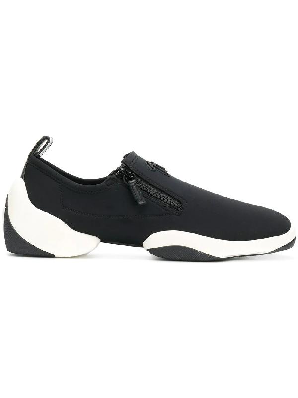b098c684ea6b7 Giuseppe Zanotti Light Jump Lt1系列运动鞋 In Black | ModeSens