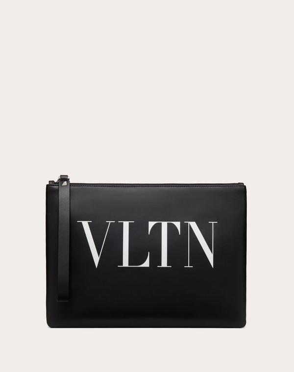 Valentino Garavani Garavani Leather Vltn Clutch Bag In Black