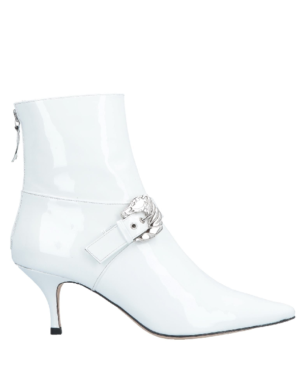 Dorateymur Ankle Boot In White