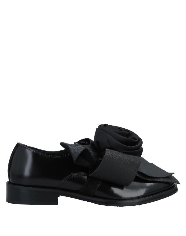 Pokemaoke Loafers In Black