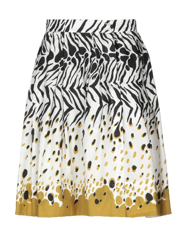 Sara Roka Knee Length Skirt In White