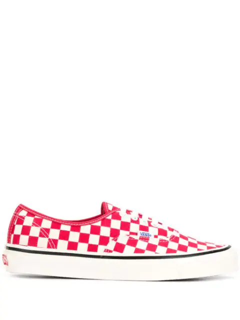 Vans Checked Authentic 44 Dx Sneakers In Red