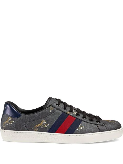 Gucci Low-Top Sneakers New Ace Sneaker  Calfskin Logo Print Grey In 1102 Gg Black