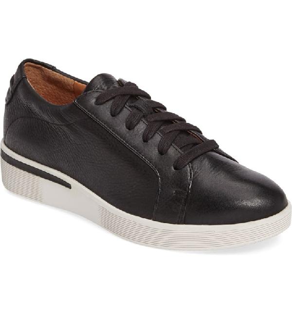 Gentle Souls By Kenneth Cole Haddie Low Platform Sneaker In Black Leather