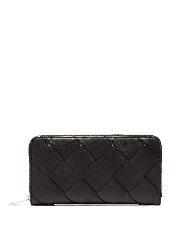 Bottega Veneta Maxi Intrecciato Ziparound Leather Wallet In Black