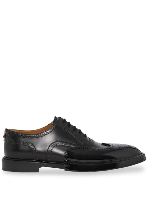 Burberry Toe Cap Detail Leather Oxford Brogues In Black
