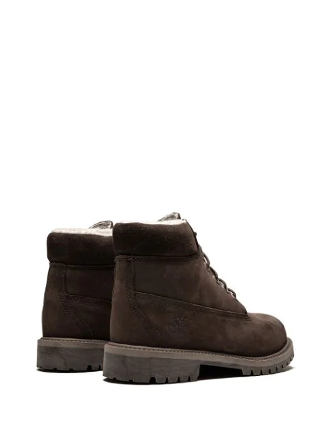 Timberland 6in Classic Sherling Boots In Brown