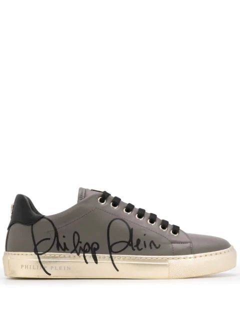 Philipp Plein Signature Low Top Sneakers In Grey