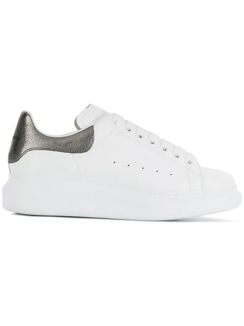 Alexander Mcqueen 40Mm Leather Sneakers W/ Metallic Detail In 9042 White/Black Pearl