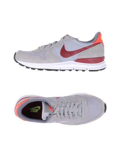Nike Sneakers In Light Grey