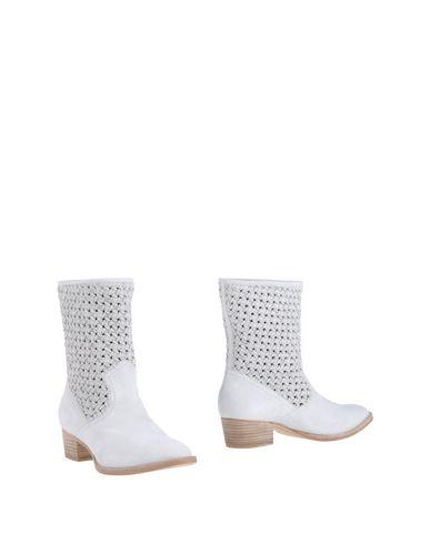 Rachel Zoe Ankle Boot In White