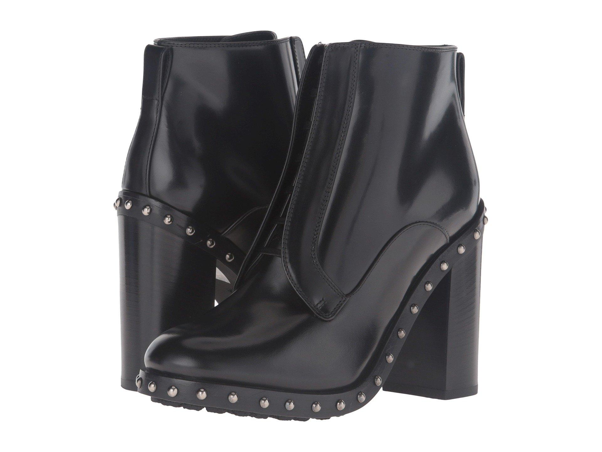 Dolce & Gabbana Studded Sole Ankle Boot In Black