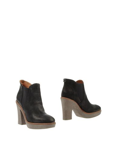 Emporio Armani Ankle Boots In Black
