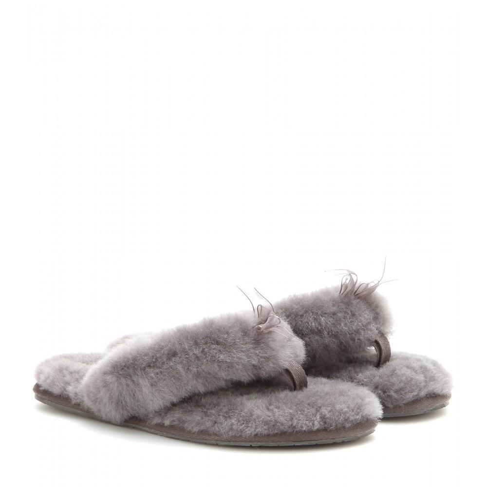 Ugg Fluff Shearling Flip Flops In Grey