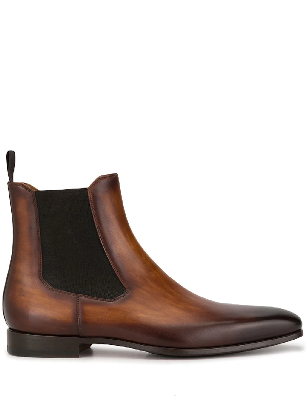Magnanni Stitched Leather Chelsea Boots In Browns
