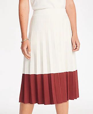 Ann Taylor Petite Colorblock Pleated Sweater Skirt In Winter White
